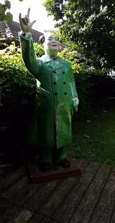 Décoration jardin - Picture of iBerry, Chiang Mai - TripAdvisor