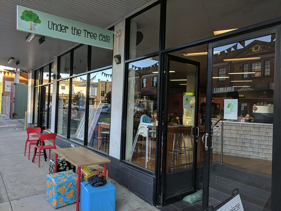 Annandale, Australia: Outside Seating