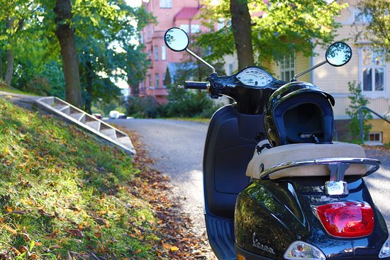 Vespa Tour Turku