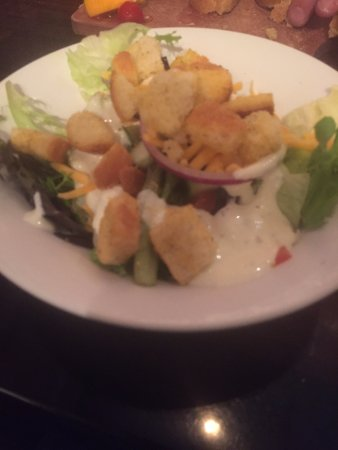 LongHorn Steakhouse: Salad with ranch dressing