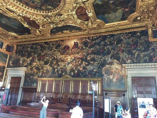 Venedi (området), Italien: Doges Palace