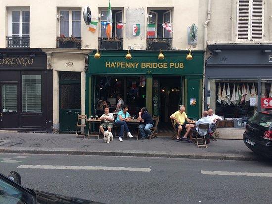 Ha penny bridge pub paris tour eiffel invalides restaurant avis num ro - Tour maubourg restaurant ...