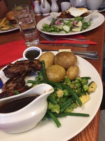 The Cotton Mill: Lamb chops and the BBQ pulled pork
