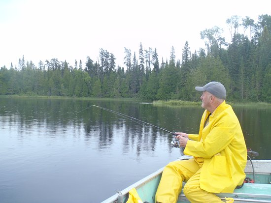 Chapleau, Kanada: Wade fishing on Antler Lake.