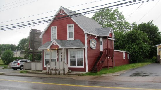 North Sydney, Kanada: Bette's Kitchen from the road
