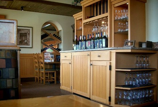 Melrose Park, IL: bogus wine-bottle cabinet/counter, mostly used by wait-staff. nice decor touch