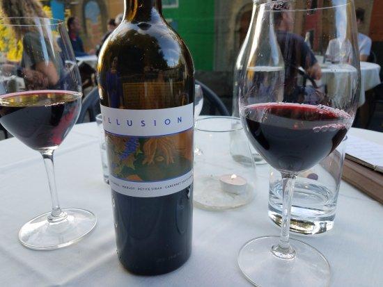 ฮัดสัน, วิสคอนซิน: Wine