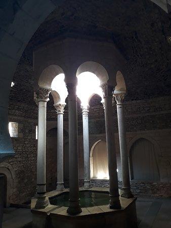 Baños Arabes Girona | Banos Arabes De Girona Apoditerio O Vestuario Fotografia De
