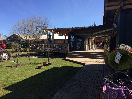 Peregrine Farm Stall: photo2.jpg