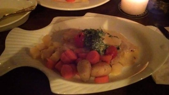 Tullycross, Irlanda: Hake with veg