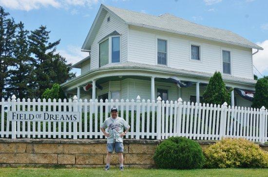 Dyersville, IA: Movie set house