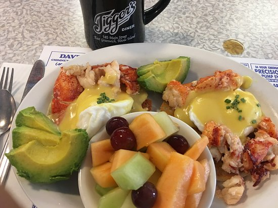 East Greenwich, RI: Lobster Benedict