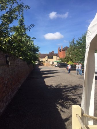 Pershore, UK: Looking back from the Riverl
