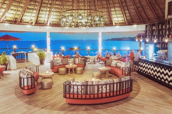 Club Med Cancun Yucatan: Taco Arte Beach Lounge & Bar