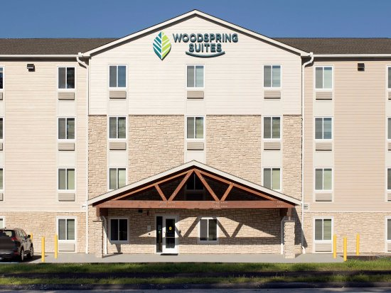 WoodSpring Suites Nashua Merrimack