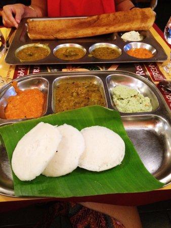 Krishna Bhavan: Dosa and Idli!