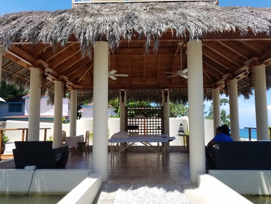 The SPA Retreat Boutique Hotel : 20170812_110039_large.jpg