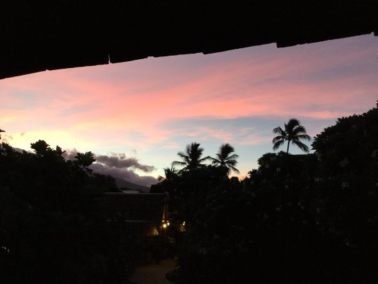 Hotel Molokai: Sunrise from my rooms lanai