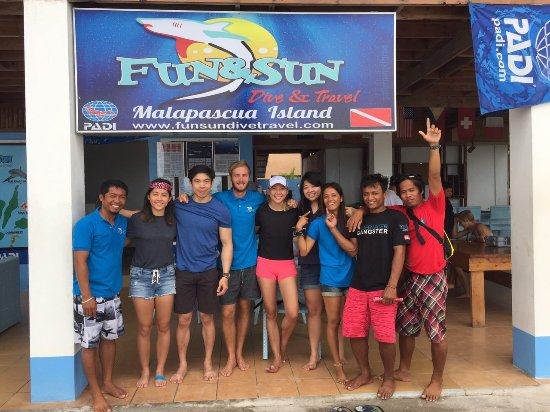 Malapascua Island, Filippijnen: Some of the best instructors and divemasters!