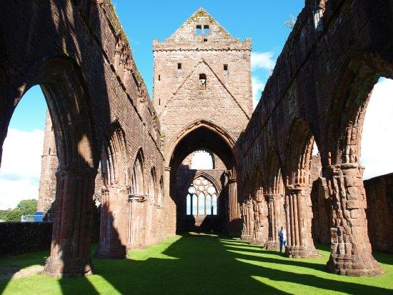New Abbey, UK: Sweetheart Abbey