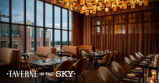 Taverne In The Sky: The main dining room with panoramic views of Lambeau Field.