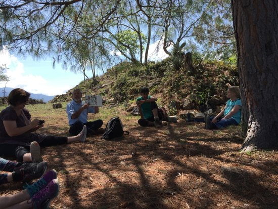 Tierraventura Ecoturismo  Day Tours: We learn about Zapotec codices during a rest stop.