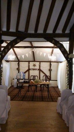Brome, UK: Wedding Decorating nearly done!