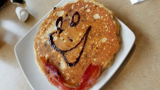 The Egg & I: Kids' chocolate chip pancake