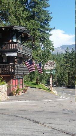 Pine Cone Resort: 20170813_161240_large.jpg