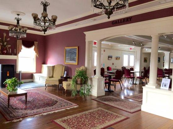 Colebrook, Нью-Гэмпшир: Lobby