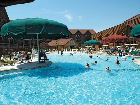 Great wolf lodge updated 2018 prices hotel reviews - Victoria park swimming pool price ...