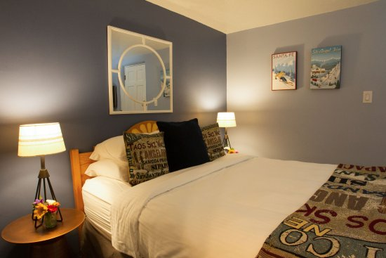 Room 18 Ski New Mexico Room Is A Standard Queen W Private Access