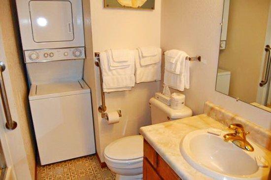 Glenwood, MN: Townhouses 4 bedrooms