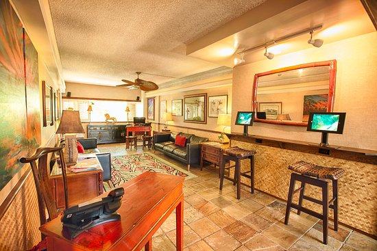 The Equus Hotel: Lobby