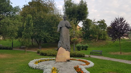 Statue of John Paul II