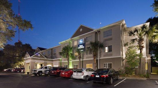Best Western Patriots Point Hotel