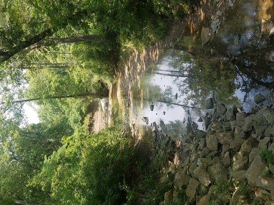 Olathe, KS: Beautiful trails and so peaceful.