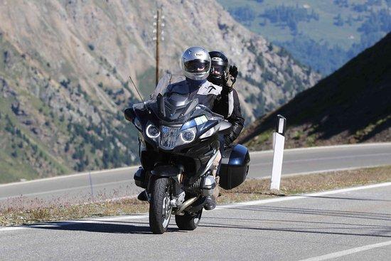 Paradise Motorcycle Day Tours: photo0.jpg