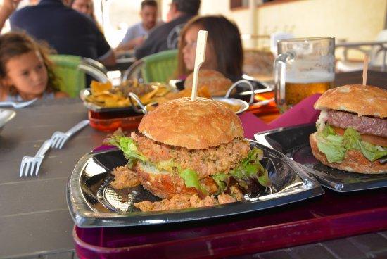 Aguilar de Campoo, Spanien: hamburguesa
