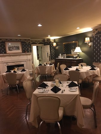 Mount Joy, PA: These photos show a small portion of Cameron Estate Inn's historic charm and beauty! It was the