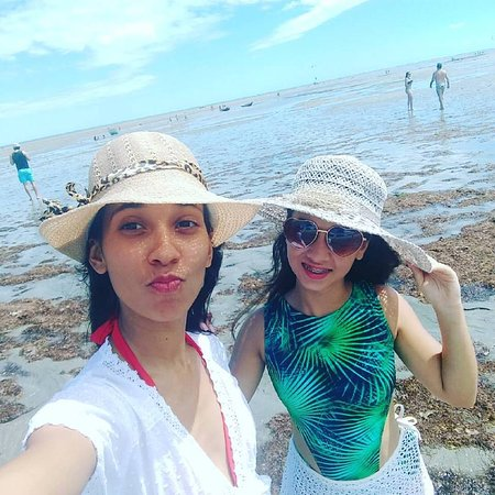 """Camocim, CE: Minhas filhas na Praia """"Barra Grande"""""""