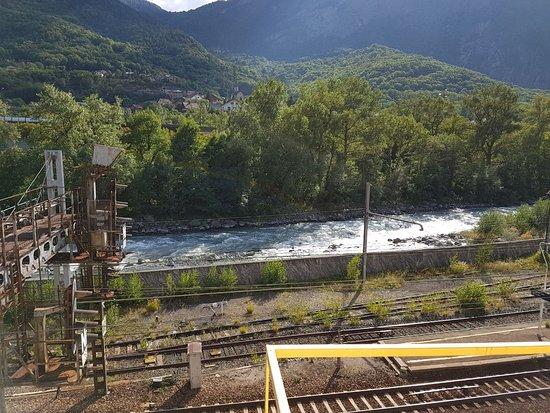 Saint Michel de Maurienne, Frankrike: 426340476_215719_large.jpg