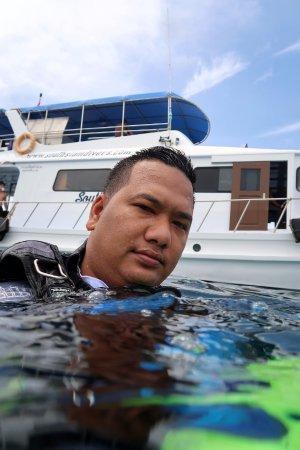 Choeng Thale, Thailand: Mr. Bond