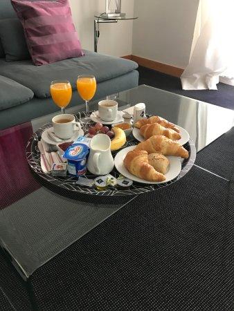 Suite Prado Hotel: Breakfast