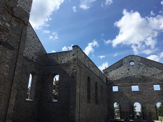 Cornwall, Canada: St. Raphael's Ruins