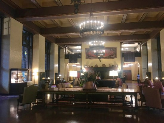 The Majestic Yosemite Hotel: Hotel Great Room. The Place For High Tea. Main