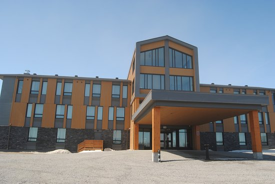 Chisasibi, Kanada: Front of the hotel