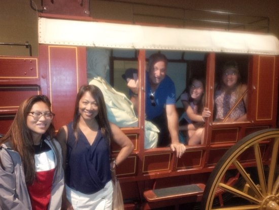 National Postal Museum: The gang's all here!