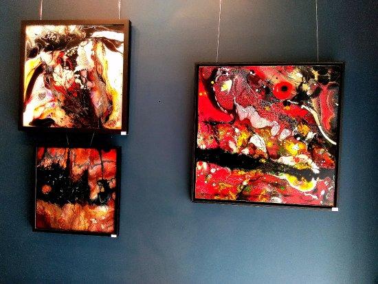 Piegut-Pluviers, Francia: Gedda peintre, (encres, pigments travaillés au sein de résine epoxy coulée sur toiles)