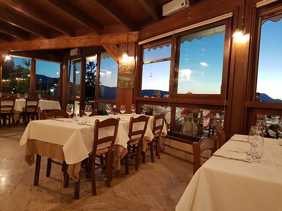 immagine Taverna de li Caldora In L'aquila